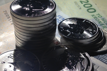 Blandede sølvmønter, samt danske sedler