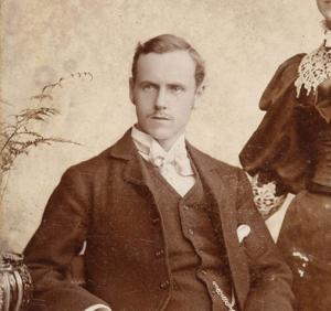 Eksempel på toning (sort/hvid billede fra 1895)